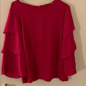 Adorable pink ruffled 3/4 sleeve blouse